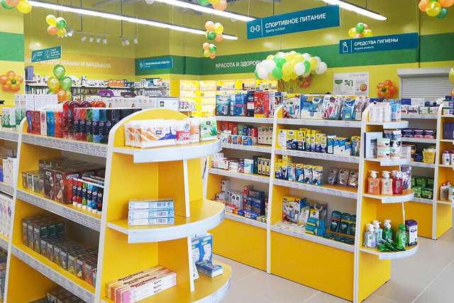 Внутри аптеки